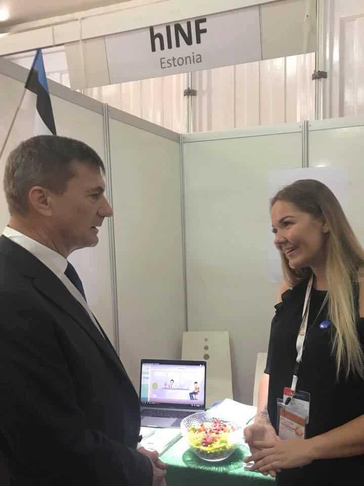 Andrus Ansip and hINF CEO Paula Kink